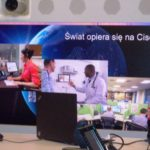 "Plakat ""Świat opiera się na Cisco!"""