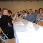 Nauczyciele i uczestnicy w sali organizacyjnej
